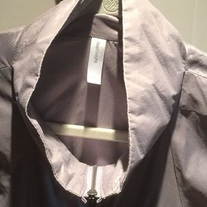 GAP Jackets & Coats - GAP Body Fit Lilac Vest with zippered pockets
